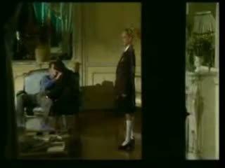 Two itališkas mokykla merginos dulkinimasis su jos dėdė