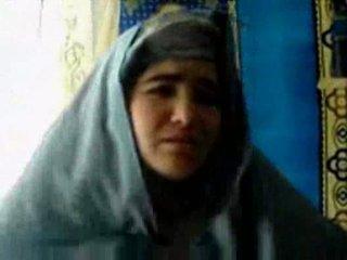 Tajik κορίτσι πατήσαμε με ένα pashton guy