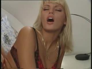 Anita blond - clip 4