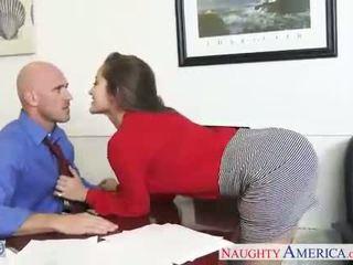 Karstās birojs skaistule dani daniels jāšana dzimumloceklis