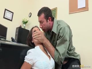 hardcore sex, fund frumos, sculele mari