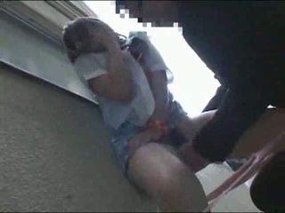 Japonais écolière baisée extérieur vidéo