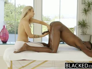 Blacked krásne blondýna karla kush loves massaging bbc