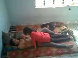 Bangladeshi medisch student met bf in mess (leaked)