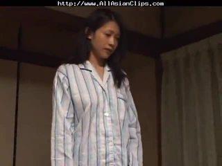 Japansk lesbisk asiatisk cumshots asiatisk svelging japansk kinesisk