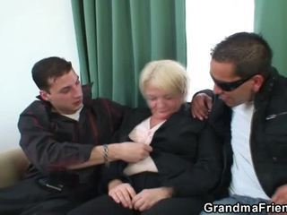 3io porno party rond penetrated grootmoeder