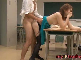 Ai haneda seksuālā japānieši skolotāja has sekss