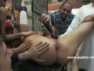 deepthroat, sexo en público, humillación