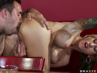 Sarah Jessie Receives Receives Her Cunt Fucked With Huge Dick Of Keiran Lee
