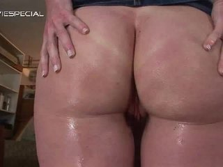 Mature Milf Receives All Her Holes Filled With Weenie
