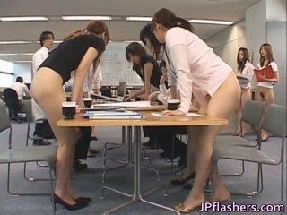 Aziatisch secretaries porno images