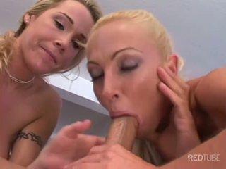 Сексуальна білявка трійця з michael stefano