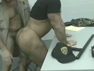 Officers en la loose