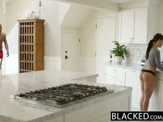 Blacked i̇sveç adriana chechick cheats ile bir kocaman bbw metres deli