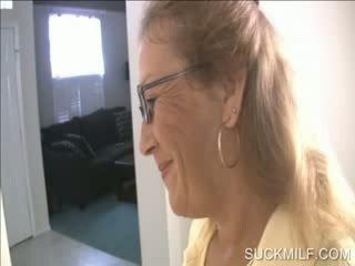 אנמא ו - חתיכה מוצצת a dong