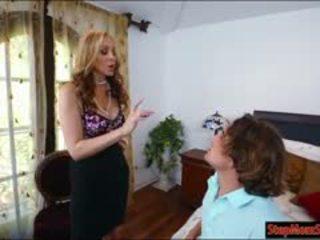 جنسي خادمة abby lee brazil 3way مع جبهة مورو julia ann في قاع