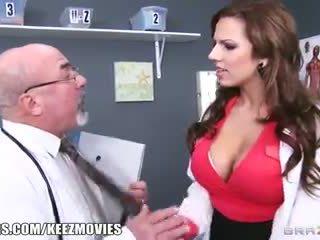 غنيمة, كبير الثدي, ريمكس