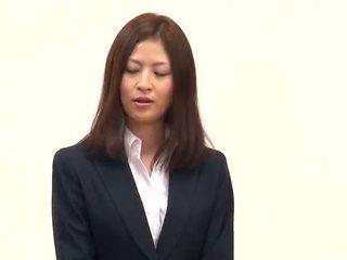 Office Babe Ickika Kuroki Has Fingered...