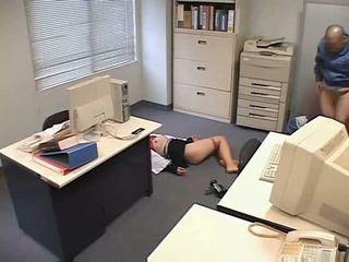 Molested спящ офис дама