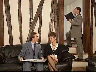 Duits dame geneukt door two bedrijf guys