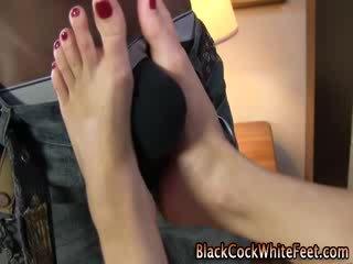 Ebony dong fucks blank fetisj voeten