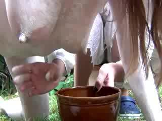 בהריון פטיש של הזונה הוא ירגזי milked
