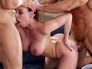 big boobs, milfs, ménage à trois