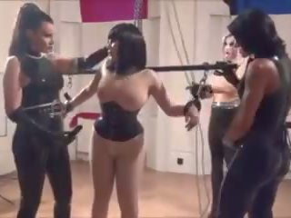 Latex Doll: Free Bondage & British Porn Video 7d