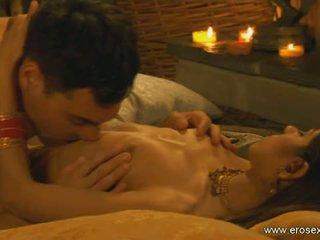 Eros exotica: jūtīgas ainas no kamasutra sekss