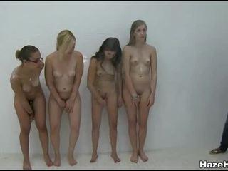 Женски Клуб В Колеж