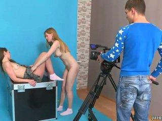 Lora és jazzy elcsábítás cameraman
