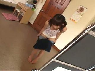 श्यामला, युवा, जापानी
