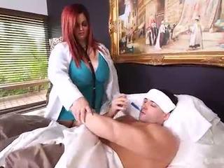 Грудаста товстушка лікар sashaa грудисті марки будинок calls