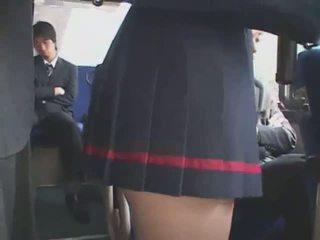Japonesa apalpada autocarro bukkake