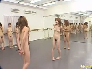 Японки мадами are луд жени