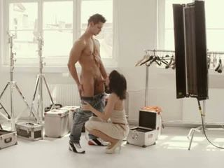 Titty arte sexo en la camerino