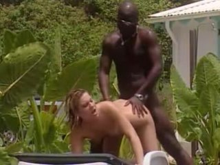 Bianco moglie fucks con francese nero in jamaica
