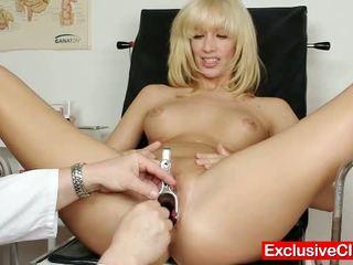 Blondine bella morgan bezoek gynoclinic naar hebben haar p