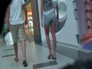 De turning op film filled met de nauw kont neuken neuken korte broek en ook sexy omhoog rok scènes