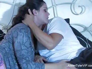 Alison tyler og henne male gigolo