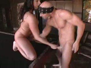 Gianna michaels v boobstravaganza 9