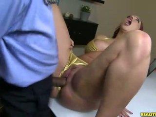 Kelly divine fucks v bikiny