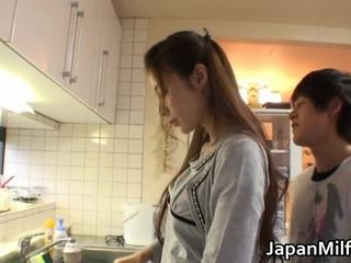 Anri suzuki 日本語 beauty engulfing