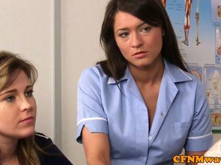 الملبس أنثى العاري ذكر ممرضة nadia elainas المريض cums