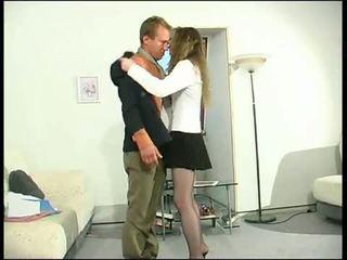 μελαχροινή, στοματικό σεξ, ασπασμός