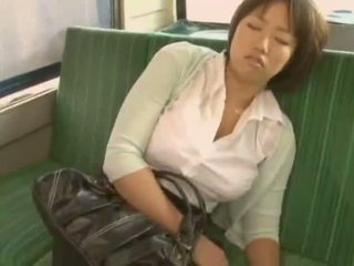 Sleepy fille used par pervert