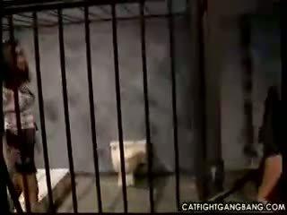 Lezbické sex v väzenie