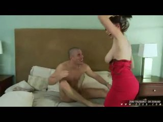 Breasty karstās skaistule gianna michaels whacking viņai throat dziļi ar a thick dzimumloceklis