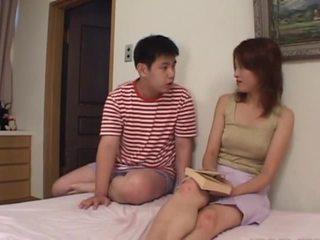 Avmost.com mooi japans chick piemel bespringen en blasted met mannaise