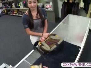 Heiß hochschule student pawns ein lap dance bis zahlen sie tuition